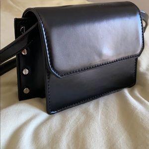 Black Topshop crossbody bag